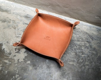 Leather Valet Tray - Key Tray - Travel Organizer - Home Decor - Trays - Phone, Jewelry, Coin, Office Desk Bowl