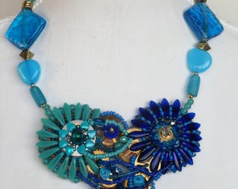 Summer necklace in blue and turquoise with Swarovski crystals.