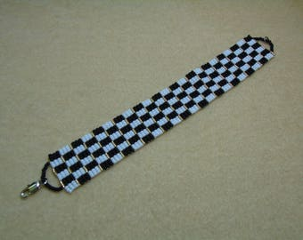 Chequered Seed bead Bracelet