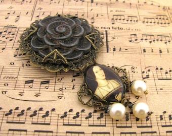 Ancient Romance Series - History's Queens Collection - Anne Boleyn Black Tudor Rose Medallion Brooch w/Cream Swarovski Crystal Pearls