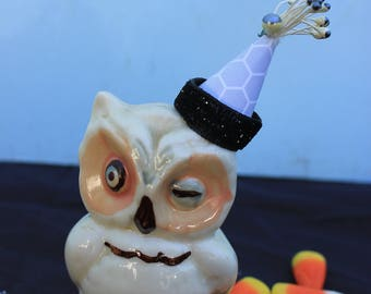 Vintage Style Halloween - Ceramic Owl Figure with Witch Hat, Winking