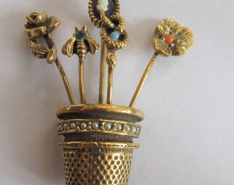 Vintage GOLDETTE Thimble With Stickpins PIN