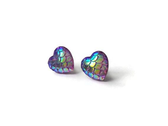Heart of mermaid stud earrings - Purple dreams - Hypoallergenic pure titanium and resin
