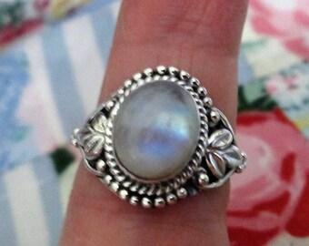 RING - MOONSTONE - Oval - Ornate - FILIGREE   - 925 - Sterling Silver  - size 7 1/4   moonstone480