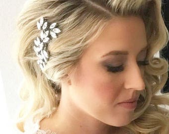 Bridal hair comb, Crystal hair comb, Wedding hair accessories, Wedding headpiece, Swarovski hair comb, Leaf hair comb, Bridal hair vine