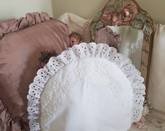 white lace tea cosy, embroidery french knots, country home, victorian edwardian, high tea, beige tea cosy, shabby home