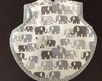 Gender neutral baby/toddler bib/bapron in Cloud 9 organic Ed Emberley elephant fabric 6-18 months