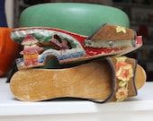 Souvenir Wooden Shoes Hand Carved Painted WWII Philippines Novelty 1940s VINTAGE by Plantdreaming