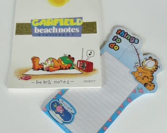 2 Vintage Garfield Stationary Writing Paper Pad Tablet Blank - Beach Notes & Things To Do - 1978 United Feature Syndicate MEAD Kitty Cat