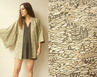 1970's Vintage Japanese Novelty Landscape Print Crepe Kimono Duster Jacket Haori
