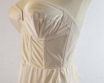 Vintage Strapless Backless Full Slip Size 36C