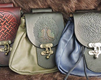 In-Stock Large Sporran Design Leather Belt Bag / Pouch Medieval, Bushcraft, LARP, sca, Costume, Ren Faire, Embossed Deign