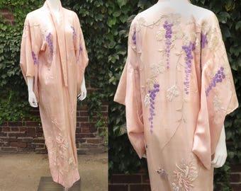 1920s Art Nouveau Embroidered Silk Kimono