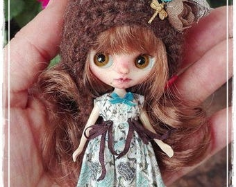 Custom Blythe Dolls For Sale by ALMENDRA  Petite Blythe custom doll by Antique Shop Dolls