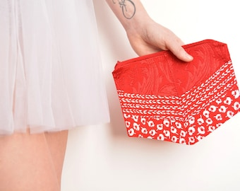 Red and white silk clutch bag chevron shape