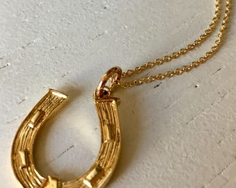 Large Lucky Horseshoe 9k Gold Charm Pendant
