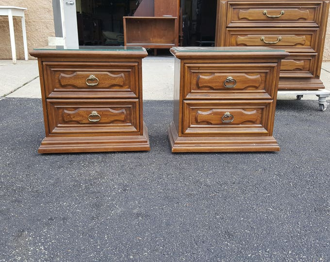 Vintage traditional style Shabby chic tables, PICK UP ONLY painting included, antique bedroom, night stand, bedside table, french country,