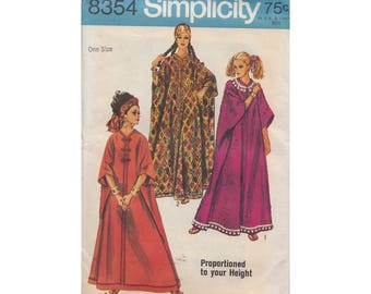 Vintage 1960s One Size Caftan Pattern Simplicity 8354 Frog Closure Front Zipper Proportioned to Three Heights Full Figure