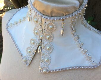 The Gloria Bridal Collar