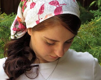 Head Covering ~ SCT40 - Headcovering with ties in Floral on White