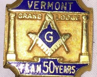 GOLD Masonic Lapel Pin VERMONT Grand Lodge Gold Masonic Pin 8K F&AM 50 Year Pin Tie Tac