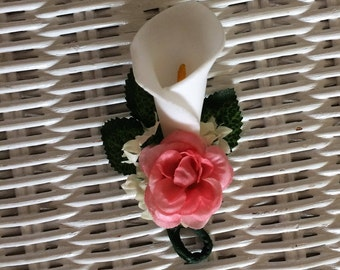 your color rose with calla lily prom dance small corsage boutonniere red white orange coral blue yellow ivory navy aqua purple pink cerise