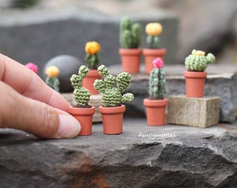 Opuntia cactus miniature crochet potted plant fake cacti dollhouse miniature collectable tiny succulent cactus lovers gift micro amigurumi