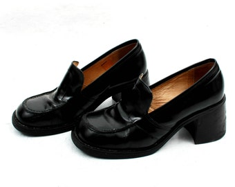 90s Chunky Heel / Platform Heels / Block Heels / Patent Leather Shoes / Black Chunky Heel / Goth Shoes / Size EU38 UK5 US7'5