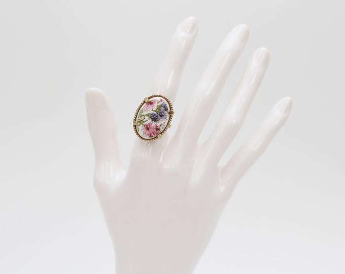 Vintage 1960s Boho Floral Ring - Adjustable Size