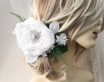 Bridal headpiece, white flower headpiece, bridal headpiece, white hair flower, flower headpiece, bridal flower headdress