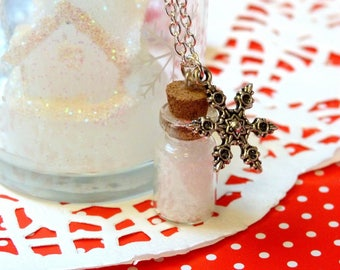 Necklace * Christmas edition * vial of snow and snowflake