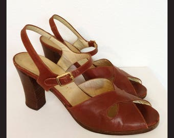 Brown Heels Italian Leather 1970s High Heel Sandals Size 7 / Vintage Womens Shoes 37