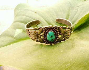 Eagle Native American cuff. Sterling silver. Navajo Vintage Bracelet with Turquoise