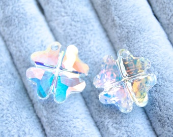19 mm Swarovski Pendant Crystal AB Clover 6764