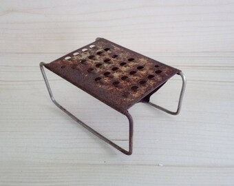 Antique Rusty Grater, Old Metal Shredder, Distressed Grater, Vintage 1940's Kitchen Utensil Cooking, Farmhouse Decor,