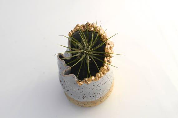 Golden Blubs wavy Vase