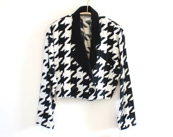 90's Vintage Black and White Houndstooth Cropped Blazer
