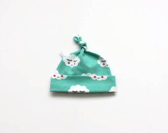 Cotton baby hat with clouds, mint green baby knotted hat, knot hat, knotted hat, cotton baby hat, newborn hat. Soft knit fabric
