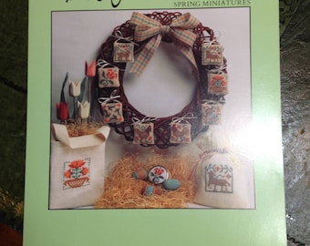 Vintage 1991   -  Counted Cross Stitch Pattern - The Prairie Schooler Designer Series - Graph/Chart