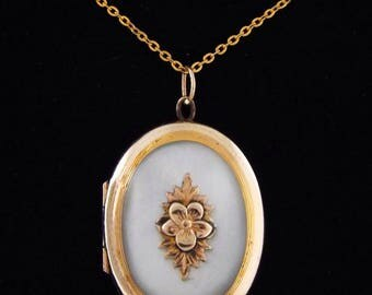 1940s Antique / Vintage Mother of Pearl Gold Filled Locket - Pendant w/ Chain