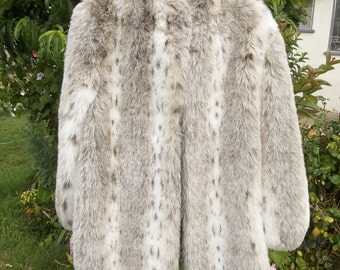 Vintage Faux Fur 1980s Retro Brook Shields Glam Studio 54 Bianca Jagger Jerry Hall fits Medium Oversized Light Weight