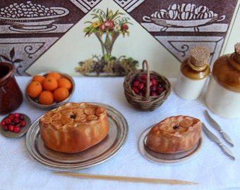 Victorian dollhouse 12th scale food, game pie. Decorated pastry pie, one inch scale dolls house food, dollshouse kitchen dining room