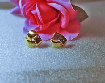 Avon-Tailored-Knot-Pierced-Earrings-Gold-Tone-With-New-Backs-no-box-- CIRCA 1994