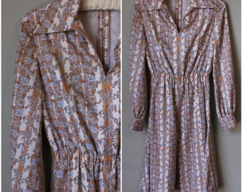 1970s Long Sleeve Dress with Collar