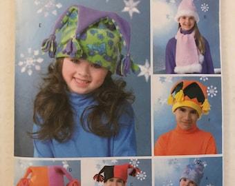 Butterick B4306 - Kid's Fleece Winter Hat, Scarf, and Mittens