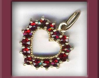 Vintage Bohemian garnet & silver vermeil heart pendant. . b4-gar201(e)