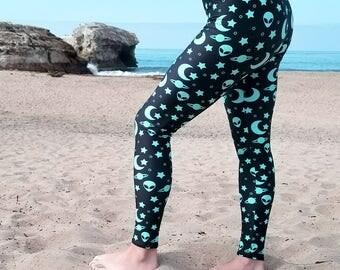 Space Leggings, Alien Leggings, Star Leggings, Blue and Black Night Sky Printed Yoga Pants