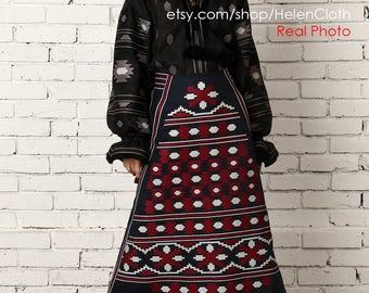 Vyshyvanka Skirt Ukrainian Clothing. Mexican Embroidered Skirt With Pockets, High Waisted Skirt, Women midi Skirt, Boho Skirt, African Print