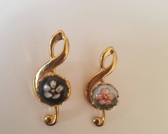 Gorgeous! Vintage Handpainted Porcelain Treble Clef/Music Note Pins - Gold Tone with Floral Painted Design - Classic 60s/70s Fashion