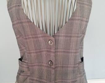 Classic 1990's Fashion! Women's Button Up Vest - Totally 90s! Clueless/1990's Halter Top - Gray, Black, Pink, Purple and White - Size L
